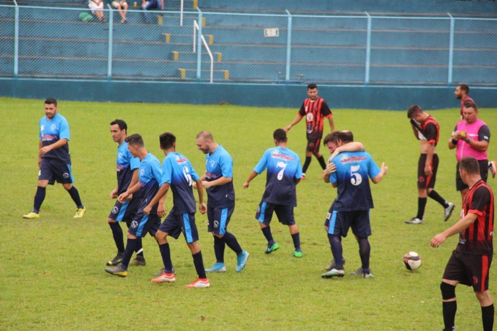 Rodada define os finalistas do Campeonato Varzeano