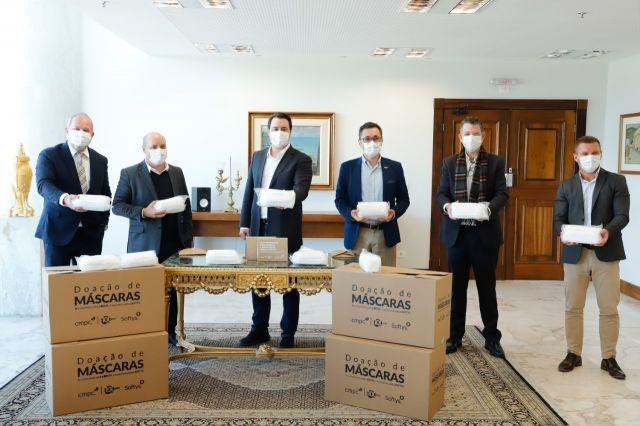 Softys anuncia doação de 400 mil máscaras cirúrgicas para o Paraná