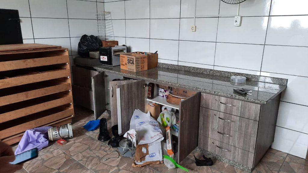 Ladrões roubam capela no interior de Fernandes Pinheiro